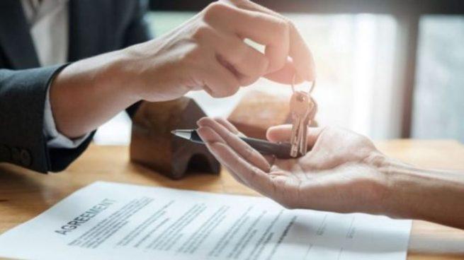 """Primeras resoluciones judiciales sobre la aplicación de la """"rebus sic stantibus"""" en contratos de arrendamiento de local de negocio."""